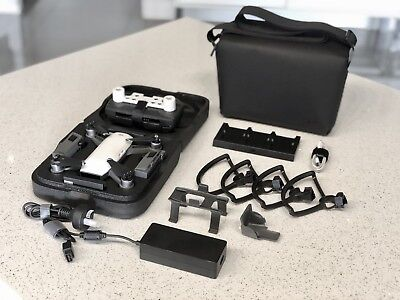 DJI Spark Fly More Combo + 3rd battery + Landing Gear + Gimbal Cover