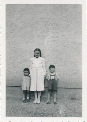 Vintage Photo 1930's German Children Offset Against Giant Wall
