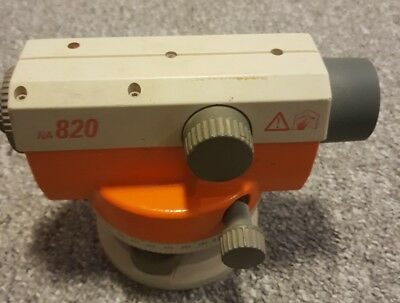 Leica NA 820 Optical level. In box. Site Levelling Tool