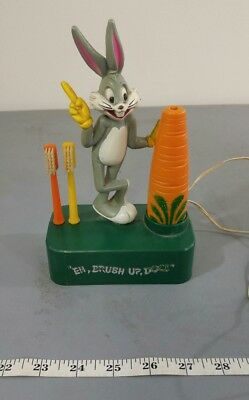 1973 Vtg Power Tooth Brush Battery Operated Bugs Bunny Carrot Rabbit Kids Childs