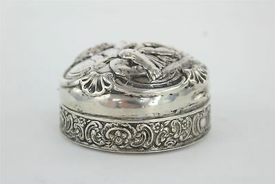 Vintage .800 STERLING SILVER Trinket Box with Cherubs Design 8cm by 4cm 108g