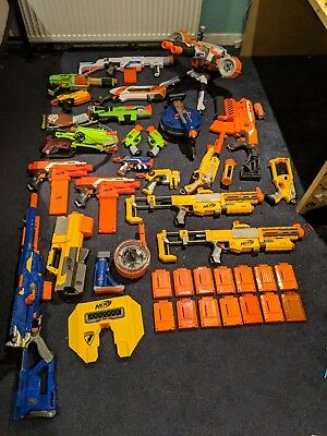 Huge Nerf Job lot bundle 20+ guns, clips and ammo