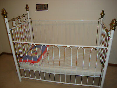 White Baby Cot Steel with matteress