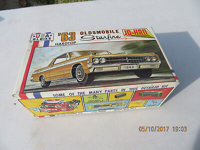 VINTAGE Jo-Han 1963 Oldsmobile Starfire Hardtop 1/25 Scale Model Kit C-4263