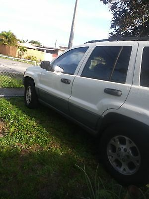 2000 Jeep Grand Cherokee Laredo JEEP Grand Cherokee Laredo