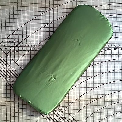 Bugaboo Cameleon Bassinet W/proof Mattress Protector W/Built In Sheet GreenSatin