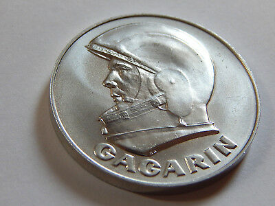 Alte Medaille Titan FIRST MAN IN SPACE GAGARIN