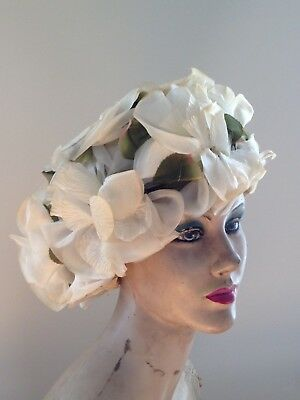 VinTaGe B Altman Large white floral hat in Original Box