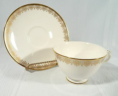 Royal Doulton GOLD LACE H4989 Teacup & Saucer Tea cup White Gold Bone H 4989 NEW