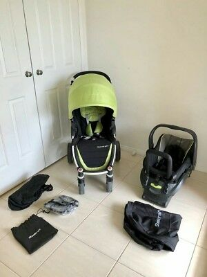Steelcraft agile pram with capsle&adapter lot of accessories