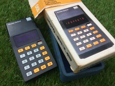 SINCLAIR OXFORD 100  FOUR FUNCTION CALCULATOR with ORIGINAL BOX
