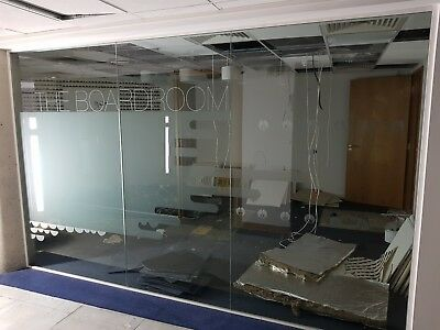 5.48 Metre Wide Glass Office Or Room Dividing Partition With 5 X Panels & Frames