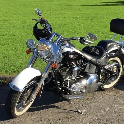 Harley Davidson Softail Deluxe (heritage) - 1450cc CVO Twin ***Low Milage***
