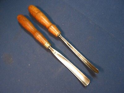 2 Carving Chisels