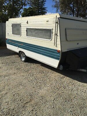 Caravan Golf 1984 Pop Top Vict