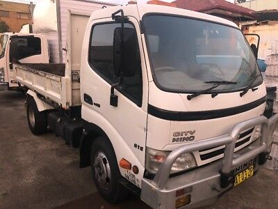 hino tipper 2008 wide cab low kms