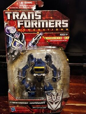 Transformers Generations Super Awesome Soundwave