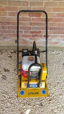 Wacker Plate with Honda GX160 engine in good condition 4 stroke