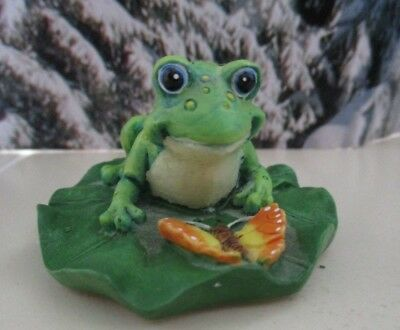 Collectible Frog & Butterfly on Lily Pad Russ Berrie Figure Cake Topper 14461