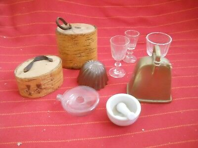Misc antiques items brass copper glas stoneware and birch bark