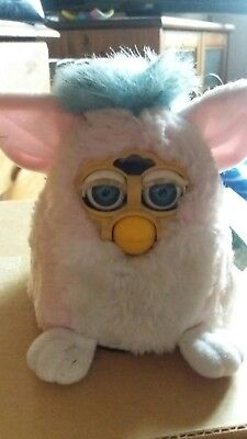 Vintage Tiger Electronics 1999 Pink Furby baby with tag.