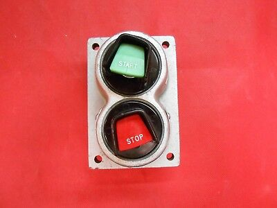 CROUSE-HINDS DS479 EXPLOSION-PROOF (Start/ Stop) PUSHBUTTON - NEW
