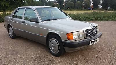 Mercedes 190e very clean in and out  original car