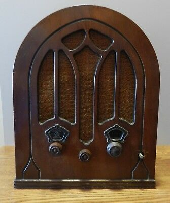 1933 Vintage GE General Electric tube radio model K-50-P in working condition