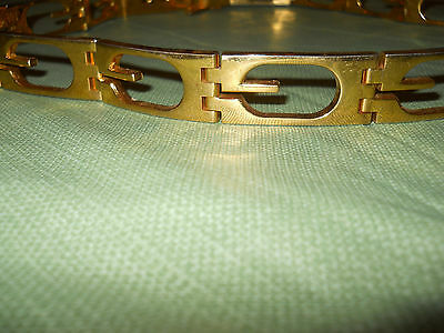 100% AUTHENTIC GOLD GUCCI BELT VERY RARE!!! This belt is GORGEOUS!!!! ^^Free Shi