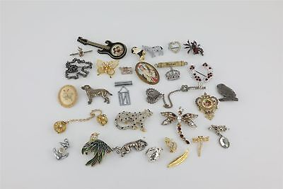 30 x VINTAGE BROOCHES quirky, unusual & animal designs inc THE BEATLES
