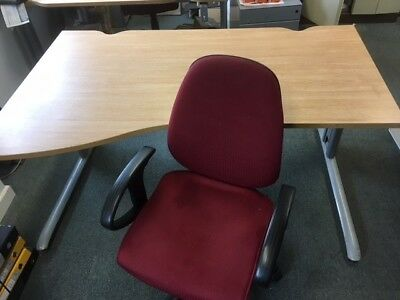 office furniture - Office desk x2 and office chair x2