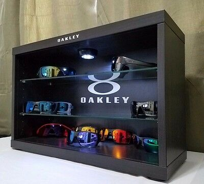 Deluxe LED Oakley Sunglasses Display Case Stand Counter Top - Fits 14-18 Shades