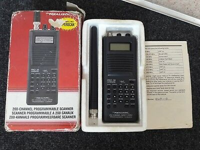Realistic Pro-39 200 Channel Programmable Scanner With Instructions