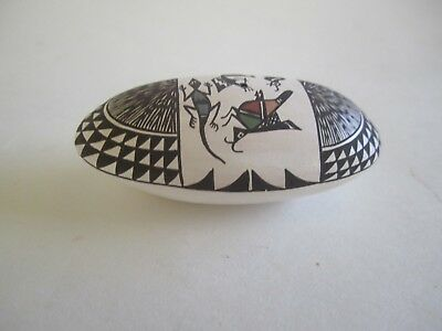"""NATIVE AMERICAN ACOMA Pottery DIANE LEWIS Oval Seed Pot 2 7/8"""" x 1 1/2"""""""