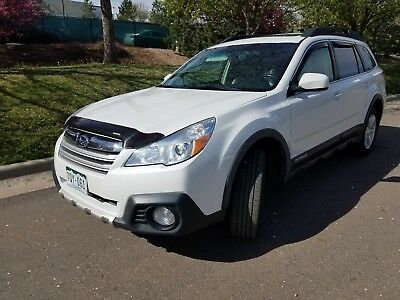 2014 Subaru Outback 3.6 R Limited 2014 SUBARU OUTBACK 3.6 LIMITED - 62,500 Miles ** With TULE bike and cargo rack*
