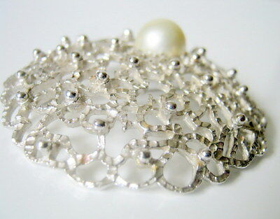 Large Brooch, Vintage Sarah Con Silver Tone with Faux Pearl Textured Brooch