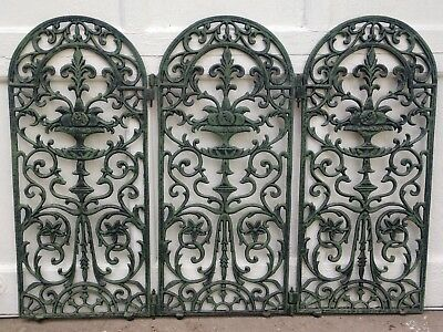 """Antique Victorian Heavy Duty Wrought Iron 3Peice Gate Size-""""35.5 Wide&""""25.5 tall"""