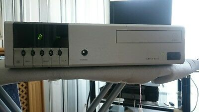 Linn Classik Music Cd Player, Amp And Radio Tuner.