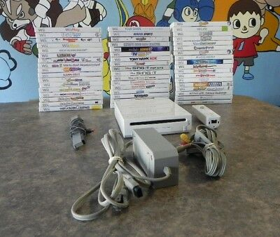 Wii Console/System Bundle with Games  Fast Shipping  Family Fun  Controller Cord