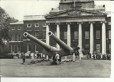 Imperial War Museum - 15- inch guns from battleships , Ramillies and Resolution