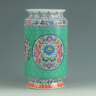 Chinese Porcelain Hand-Painted Flower Vase Mark As The Qianlong Period R1155