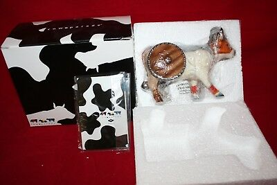 "Cow Parade Figurine "" Vi-Kong "" ( # 7341 - Retired ) New in the box"