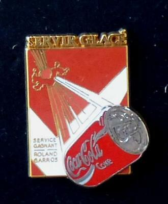pin's SUPERBE PINS PIN  COCA COLA  TENNIS ROLAND GARROS DOUBLE MOULE