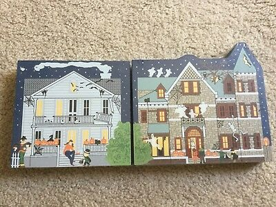 The Cat's Meow HALLOWEEN Haunted House Ghosts Skeleton Black Cats Bats LOT of 2