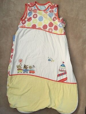 babys summer sleeping bag/gro bag 0 - 6 months. 1.5 tog. unisex.