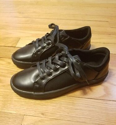 Kenneth Cole Reaction Boys Youth Black Kick Low Top Shoes Lace Up - Size 4 NWOB