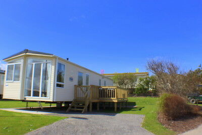 DELUXE CARAVAN, PERRAN SANDS, CORNWALL. DECKING, ENSUITE. JUNE 2-9th corner plot