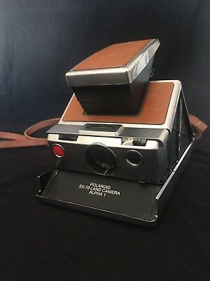 Polaroid SX-70 Land Camera: working but please read listing