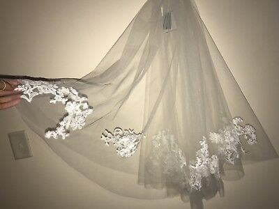 DAVID'S BRIDAL lace veil in ivory,white - mid length veil - lace veil