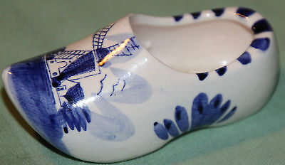 Holland Delft Dutch Shoe Cute Souvenir  Vibrant Beautiful Piece Look!